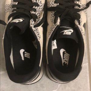 Nike Shoes - Nike Internationalist Sneaker